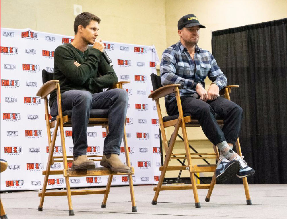code-8-amell-double-feature-2